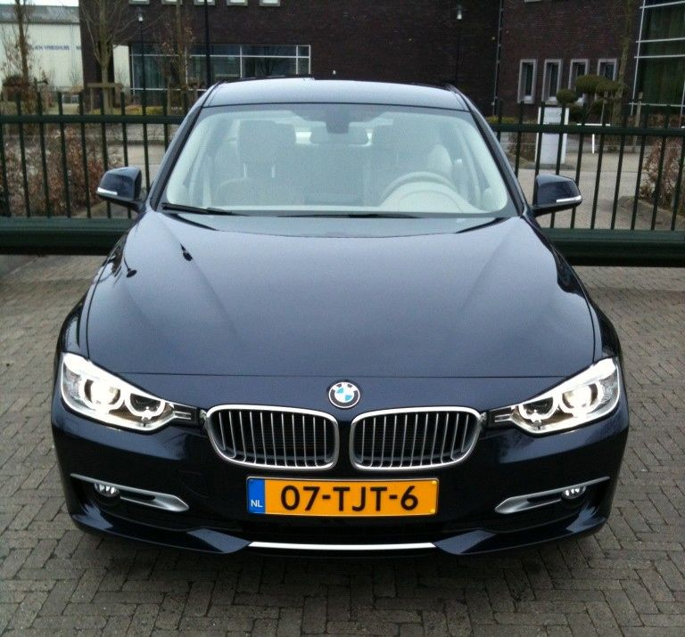BMW F30 320d EfficientDynamics Edition Voorkant