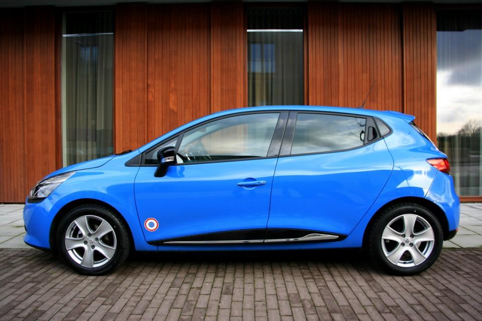 Renault Clio Zijkant