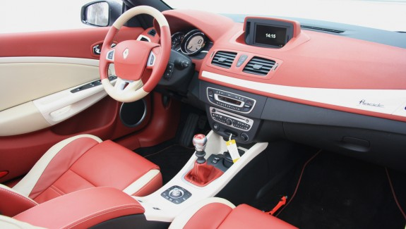 Renault Megane CC Floride Dashboard