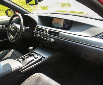 Lexus GS450h F Sport Line Dashboard