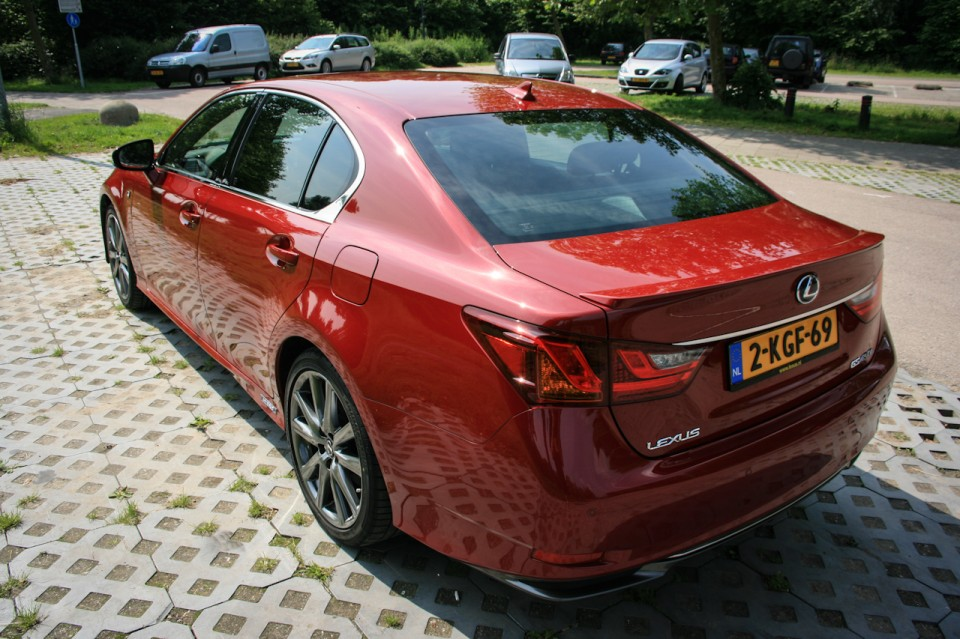 Lexus GS450h F Sport Line Achterkant