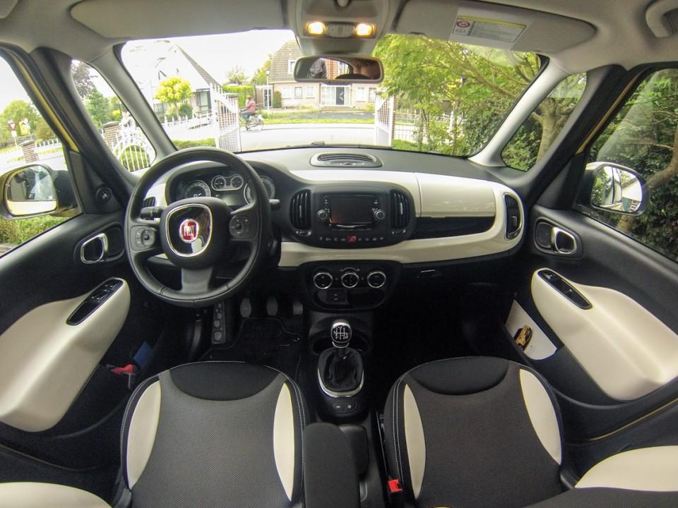 Fiat 500L Dashboard