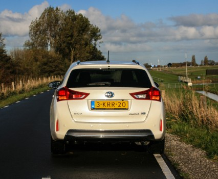 Toyota Auris Hybrid Touring Sports Achterkant