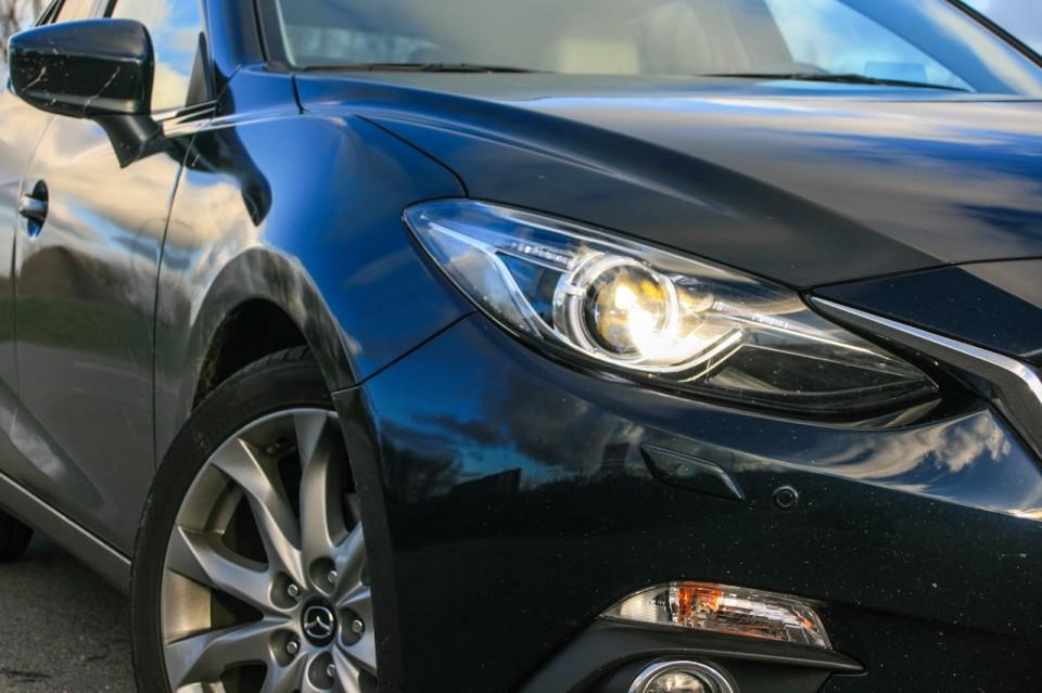 Mazda 3 koplamp