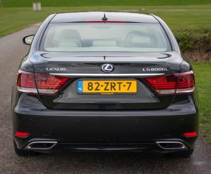 Lexus LS600h L Achterkant