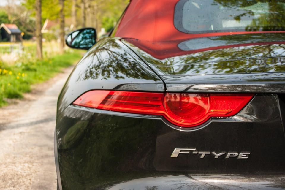 Jaguar F-TYPE Convertible V6 S Achterlicht