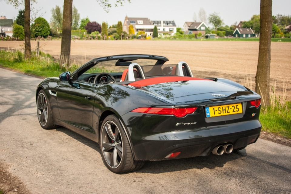 Jaguar F-TYPE Convertible V6 S Schuinachter
