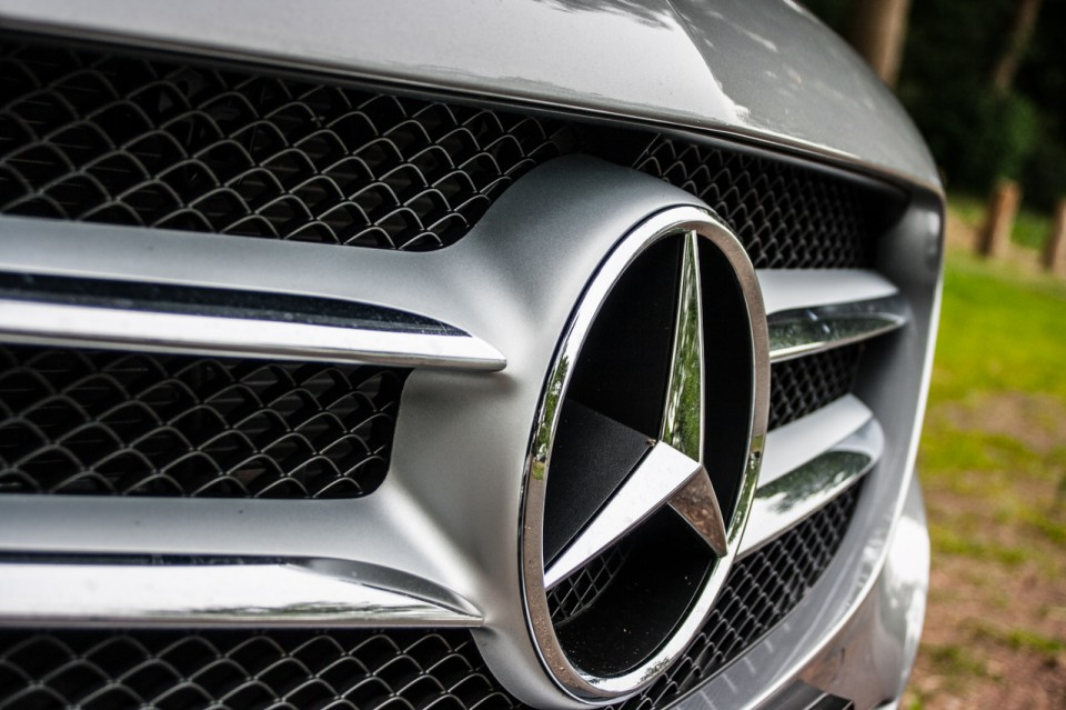 Mercedes C Klasse W205 grille