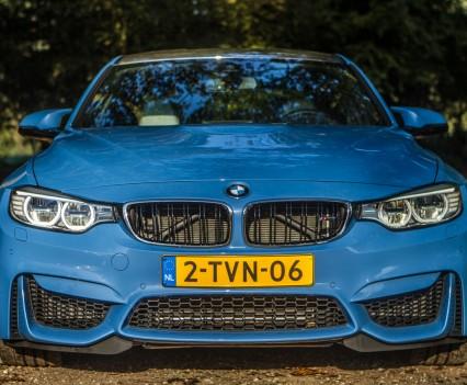 BMW F80 M3 front Yas Marina Blau 2014