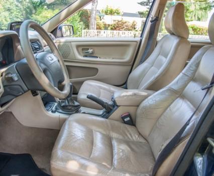 Versleten stoel Volvo V70 2.5D