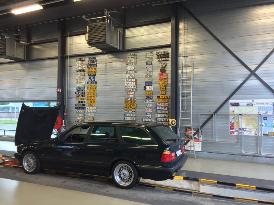 BMW e34 540i Touring
