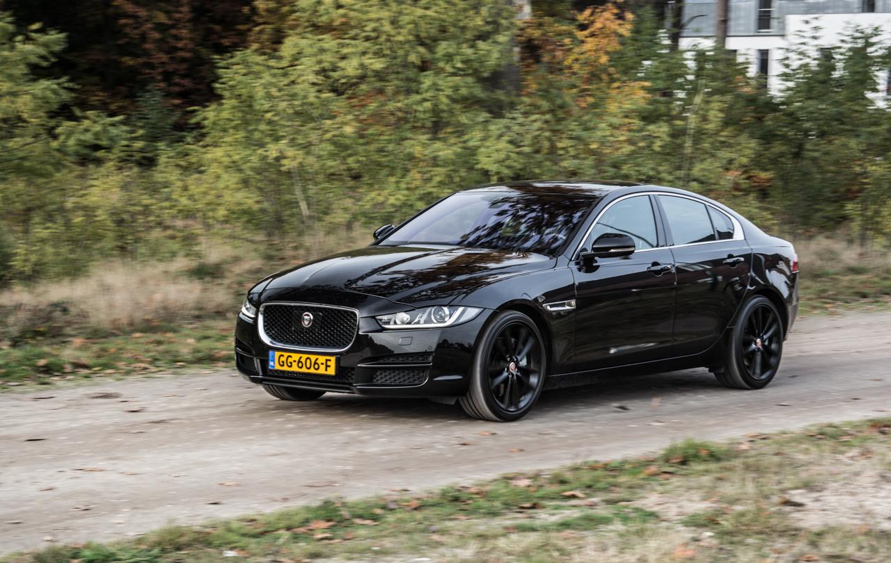 Jaguar Xe Video Rijtest Love At First Drive